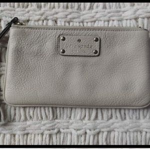 Kate Spade wristlet *Great condition!*